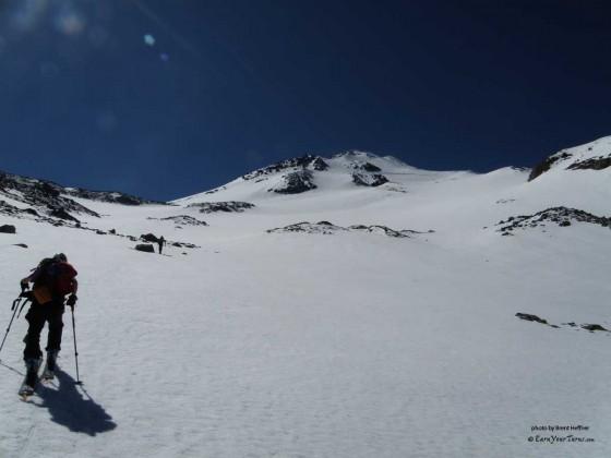 Tr Skiing Mt Shasta S Bolam Glacier Earnyourturns